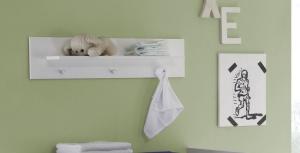 Trendteam Baby Wandboard Olivia in weiß mit 3 Garderobenknöpfen 155368001